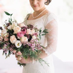 Want to create sophisticated and awesome hydrangeas flower arrangements