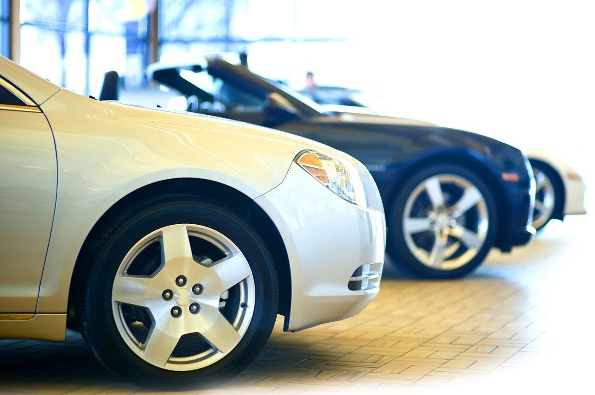 What are the things you need to check before buying a used car?